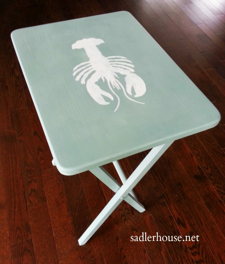 Don't throw out that cheap big box store tray table! See how you can make it over into a cute coastal end table in no time. Find out how! #hacks #diy #coastaldecor #upcycle #homedecor #sidetable #decor #tutorial #chalkpaint #endtable #diyfurniture