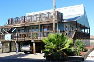 Vacation Rental Decor - Porch