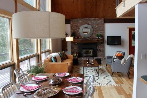 Vacation Rental Rooms to Love - Two Creek Hill